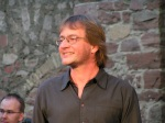 Markus Karch bei der Probe in der Altstadt von Ladenburg